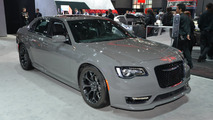 2017 Chrysler 300S Appearance Packages