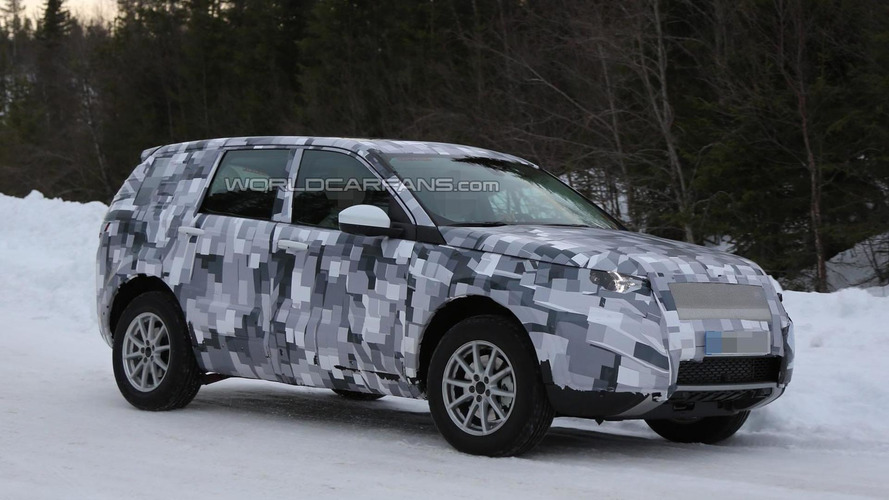 Longer next-gen Land Rover Freelander spied winter testing