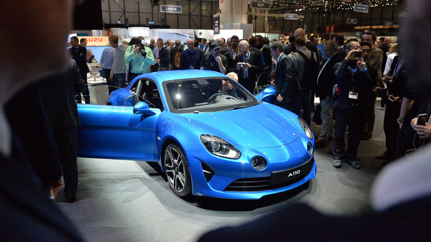 Alpine A110 is a curvaceous 252-hp Porsche Cayman rival