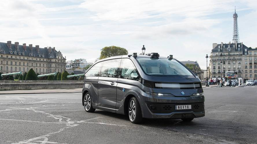 Le premier taxi autonome débarque à Paris !