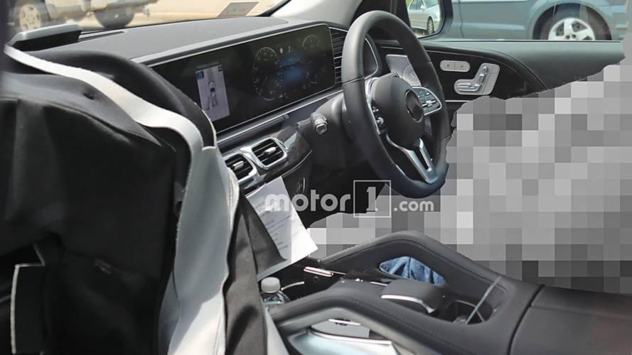 New 2019 Mercedes GLE interior spied