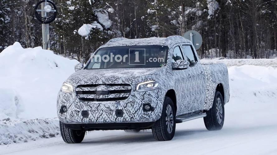 Flagra - Mercedes-Benz Classe X alongada