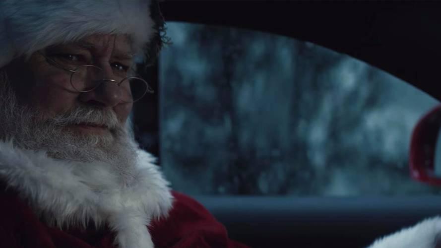 Mercedes fait rouler le Père Noël en AMG !