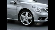 Mercedes-Benz R63 AMG