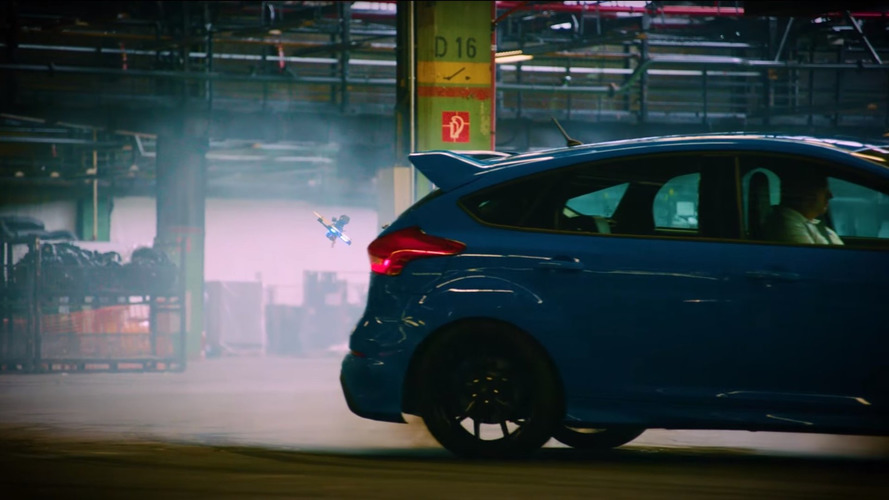Dronekhana yarışında ilginç engel: Drift yapan bir Focus RS!