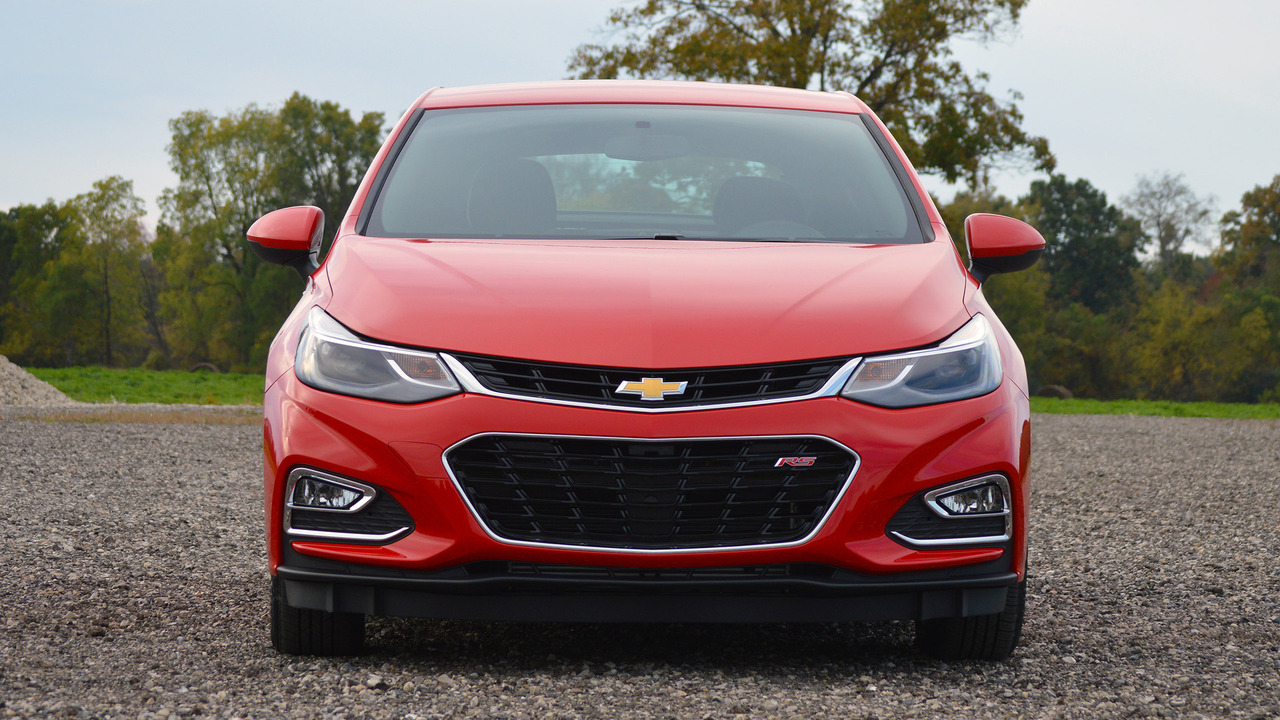 review 2017 chevy cruze hatchback. Black Bedroom Furniture Sets. Home Design Ideas