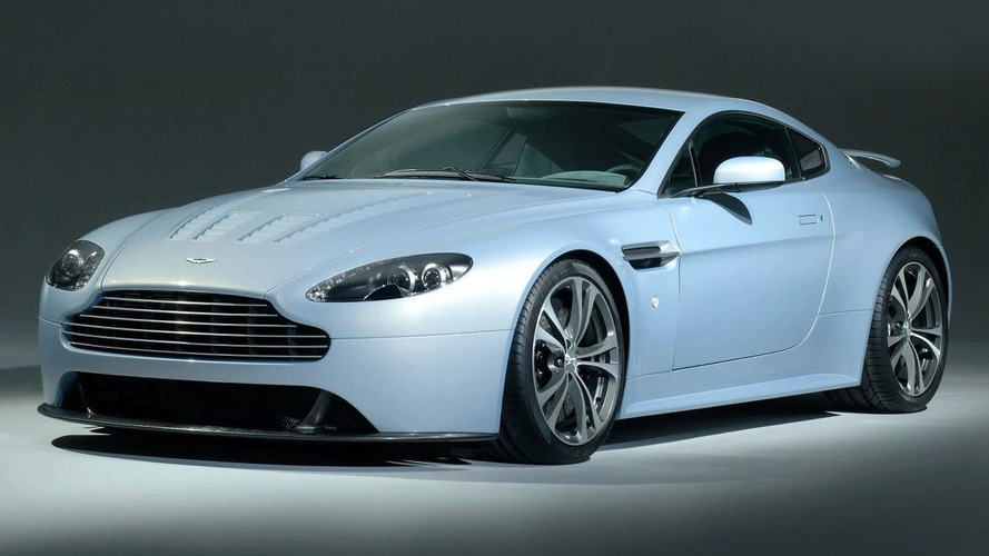 Aston Martin V8 Vantage RS in Mako Blue