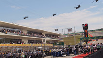 Chinook helicopter display over the grid