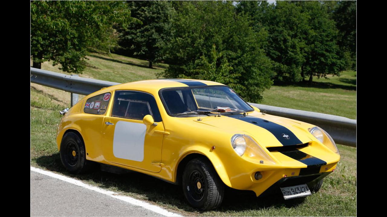 Der Mini Marcos ist aufgrund seiner wohl einzigartigen Coupé-Form mittlerweile ein sehr begehrtes Sammlerobjekt.