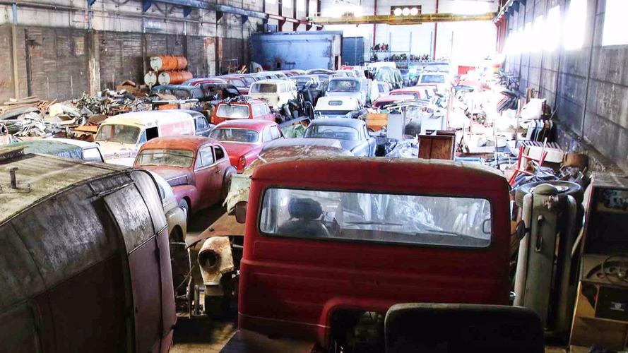 Des dizaines de Volvo anciennes retrouvées dans un hangar
