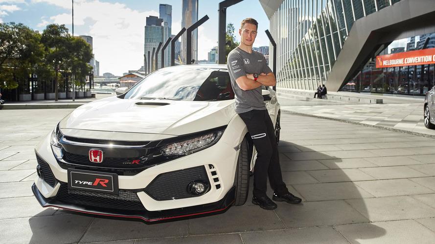 Stoffel Vandoorne présente la Honda Civic Type R en Australie