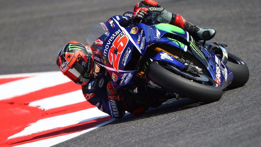 Maverick Viñales vuelve a la pole de MotoGP; Márquez se cae