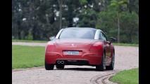 Recém-lançado no Brasil, Peugeot RCZ deve ganhar reestilização na Europa em 2012