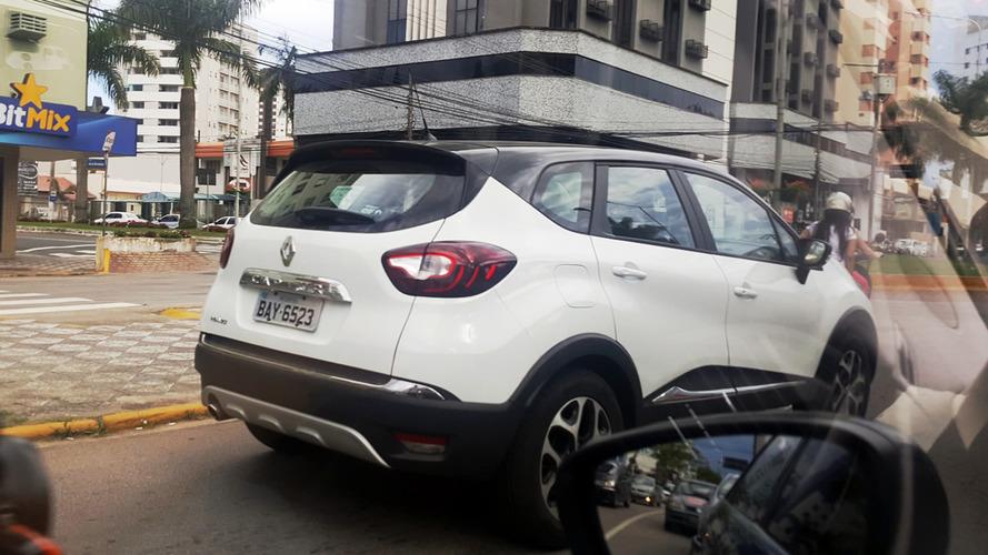 Flagra - Novo Renault Captur 2017