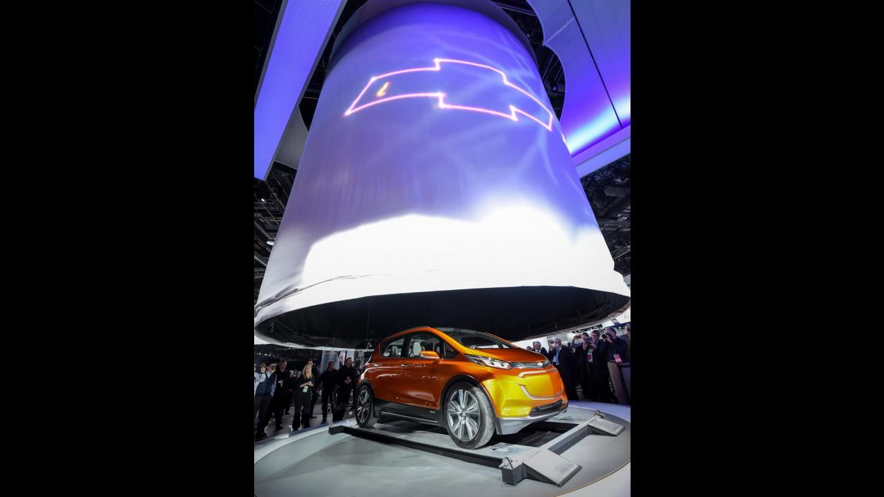 Ligado no futuro, Chevrolet Bolt pode chegar ao Brasil com incentivos