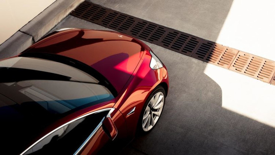 Tesla Model 3 é lançado por US$ 35.000