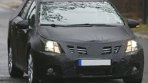New Toyota Avensis Wagon Spy Photos