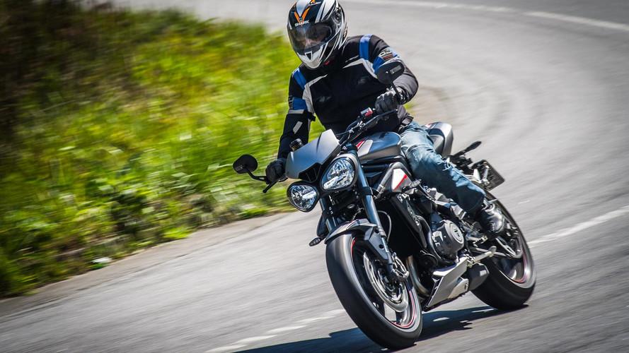 Primeiras impressões - Nova Triumph Street Triple RS