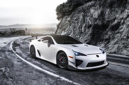Le patron de Lexus évoque une nouvelle GT hybride