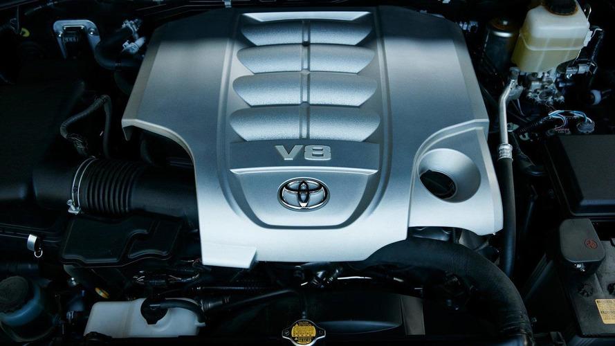 Toyota axes Land Cruiser V8 in UK