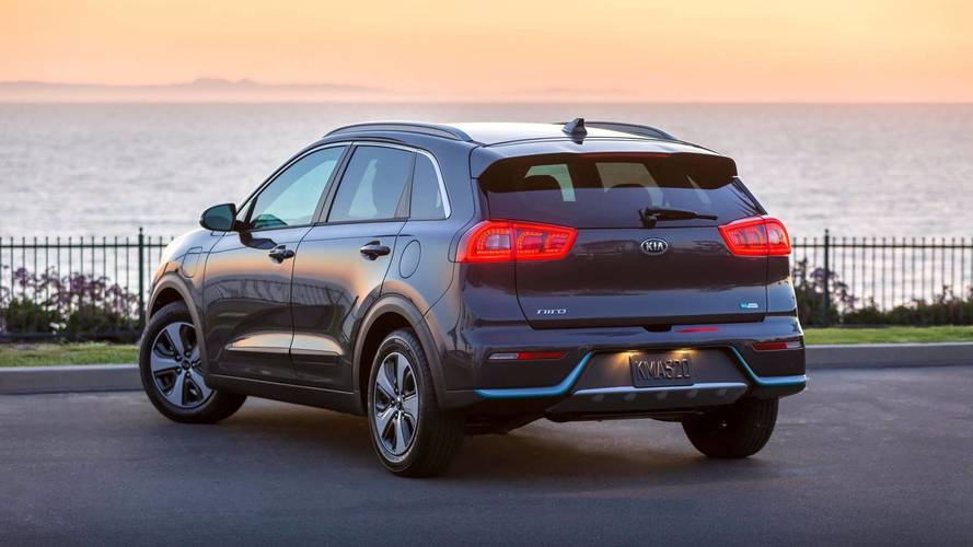 2018 kia niro phev starts at 28 840 goes on sale early next year. Black Bedroom Furniture Sets. Home Design Ideas