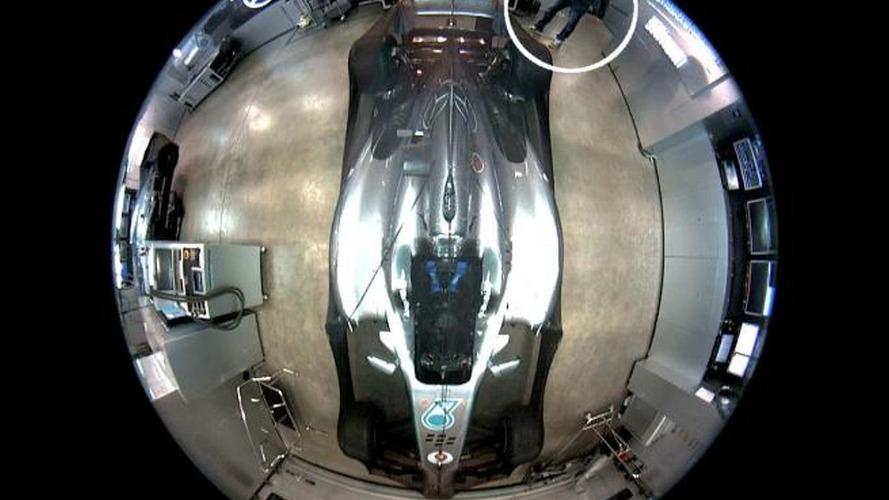 Rosberg wants help to find his stolen helmet
