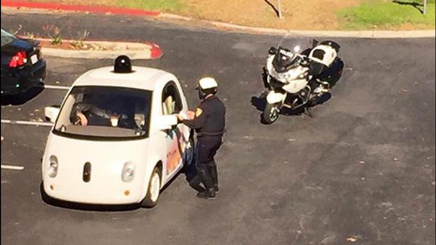 Google Car, troppo lenta per la polizia californiana
