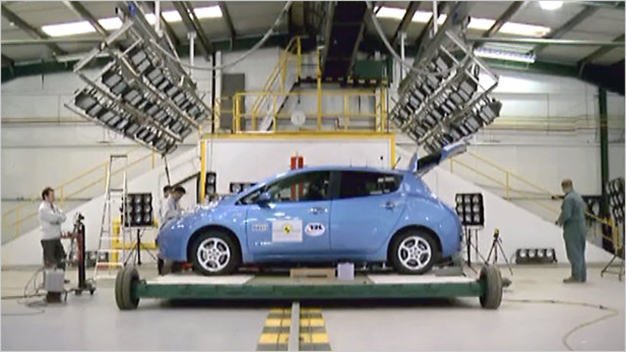 Nissan Leaf im Crashtest