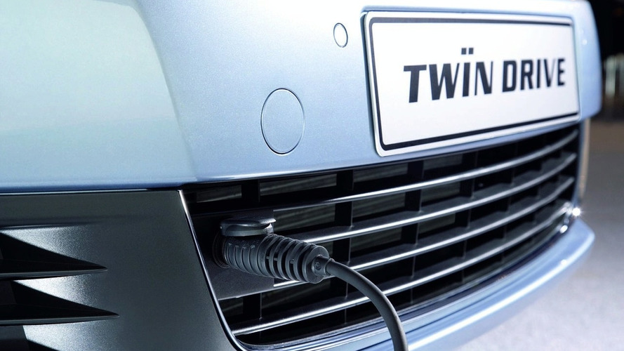 VW reveals Golf VI TwinDrive plug-in hybrid prototype