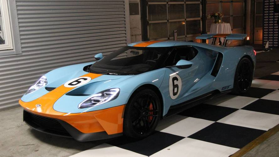 Les premières Ford GT arrivent en Europe