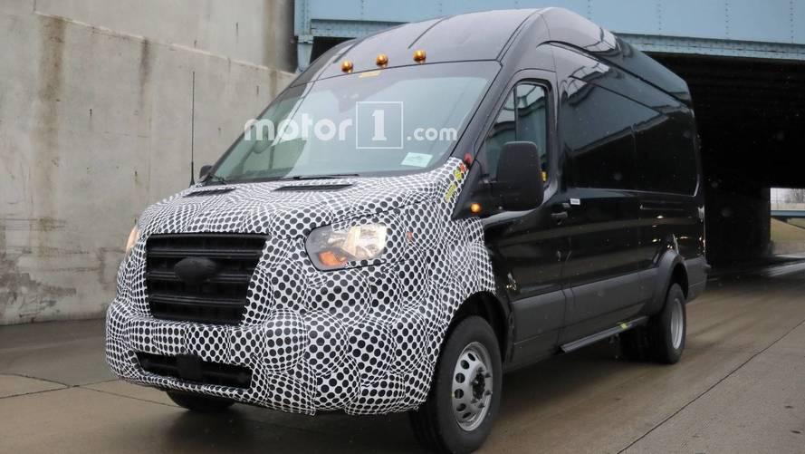 Ford Transit spy photo