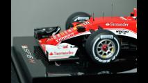 Ferrari Store di Roma, la mostra di modelli in scala Amalgam 067