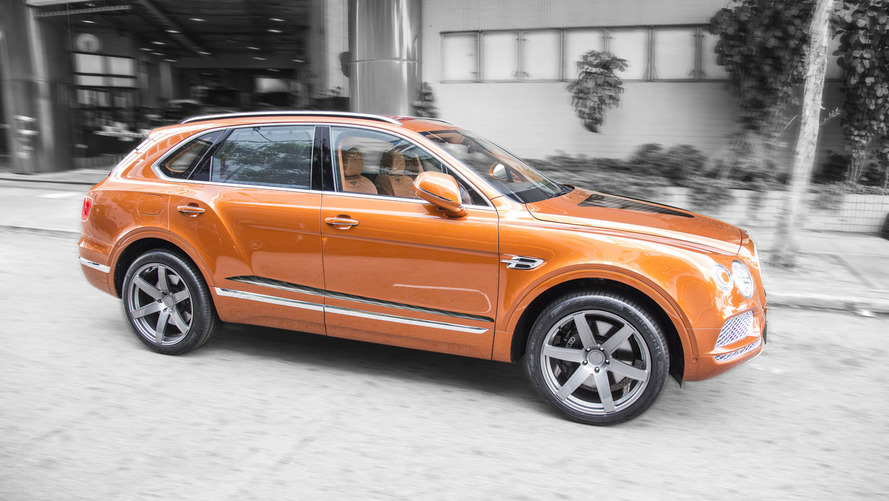 700 bg'lik Bentley Bentayga
