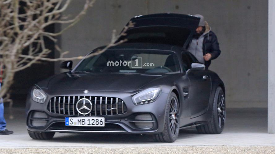 Mercedes-AMG GT C Coupe Edition 50 photos espion