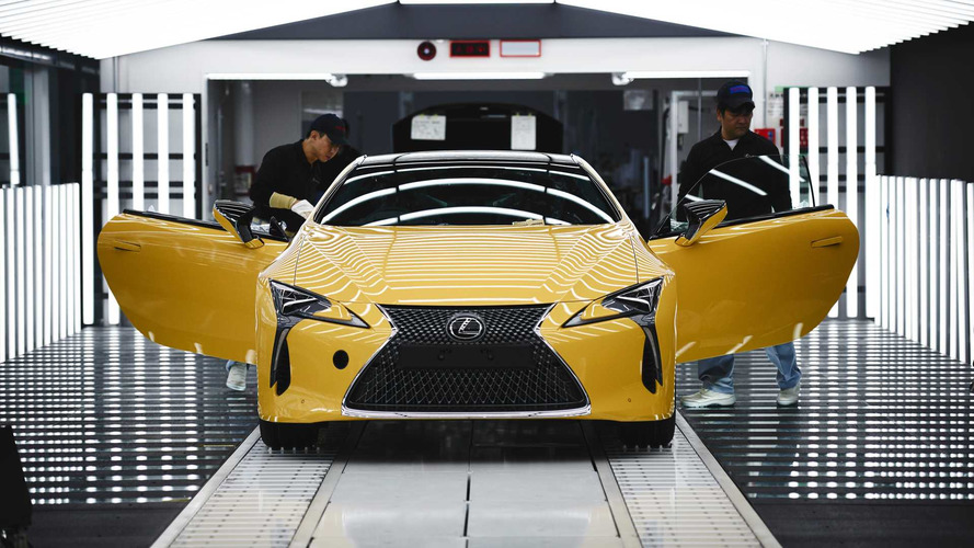 Lexus lance la production de son coupé LC