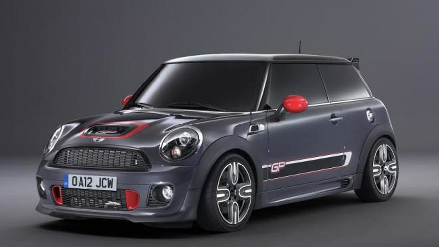 MINI Cooper JCW GP II laps the Nurburgring in 8:23 [video]