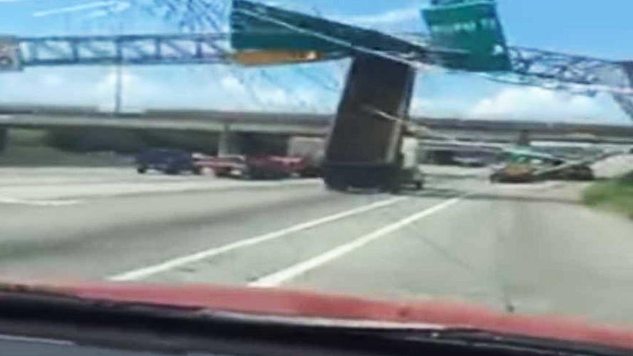 Kamyon şoförü otoyolda dehşet saçtı