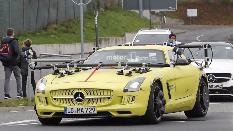 Mercedes SLS AMG Electric Drive'ı test ediyor, ama neden?