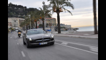 Mercedes SLS in prova