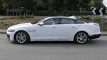 2015 / 2016  Jaguar XJ spy photo