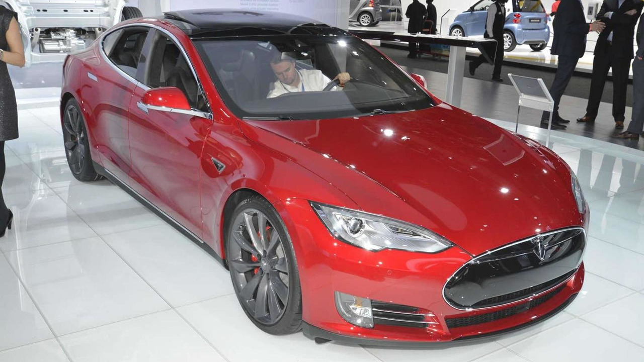 Tesla Model S P85D at 2015 NAIAS
