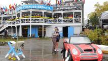 MINI Cooper Convertible boat to take part in Dad Vail Regatta