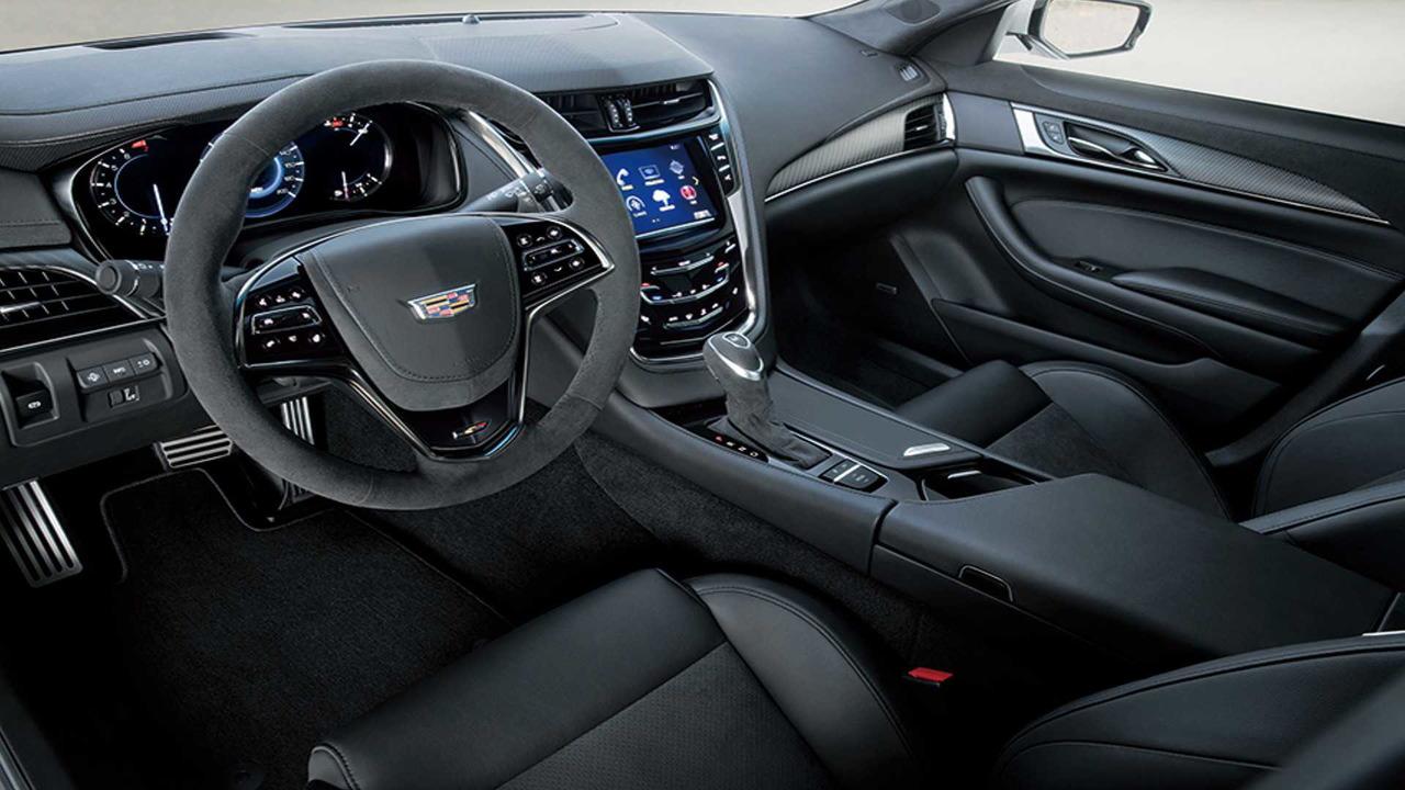 Cadillac CTS-V Black Carbon Japan