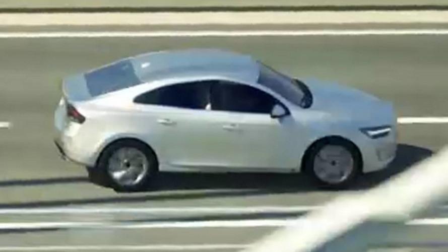 Volvo S40 en vidéo
