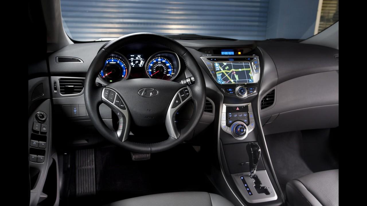 Hyundai divulga informações e fotos do Novo Elantra 2011 para os Estados Unidos