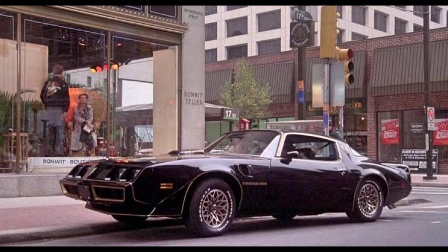 Rocky'nin Otomobil Sevdası