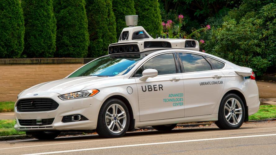 Uber Pittsburgh'da sürücüsüz araçları test ediyor