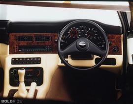 Aston Martin V8 Vantage Volante LWB