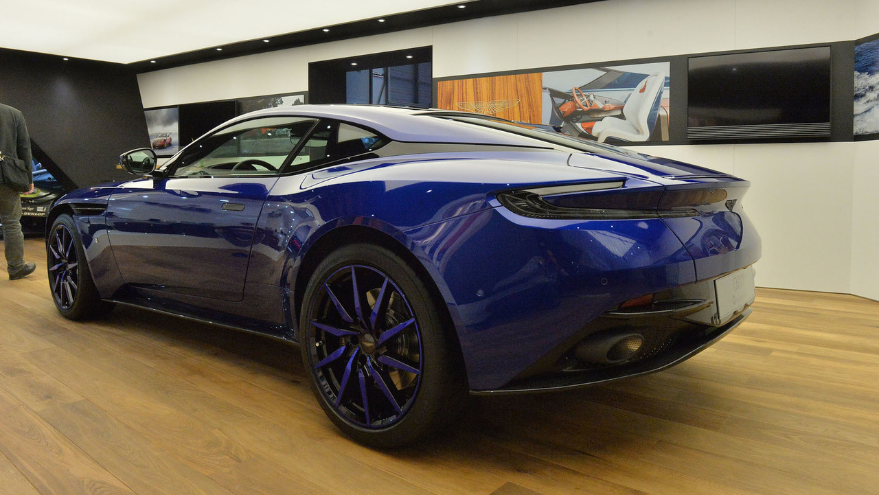 aston martin db11 by q will leave you feeling blue in geneva. Black Bedroom Furniture Sets. Home Design Ideas