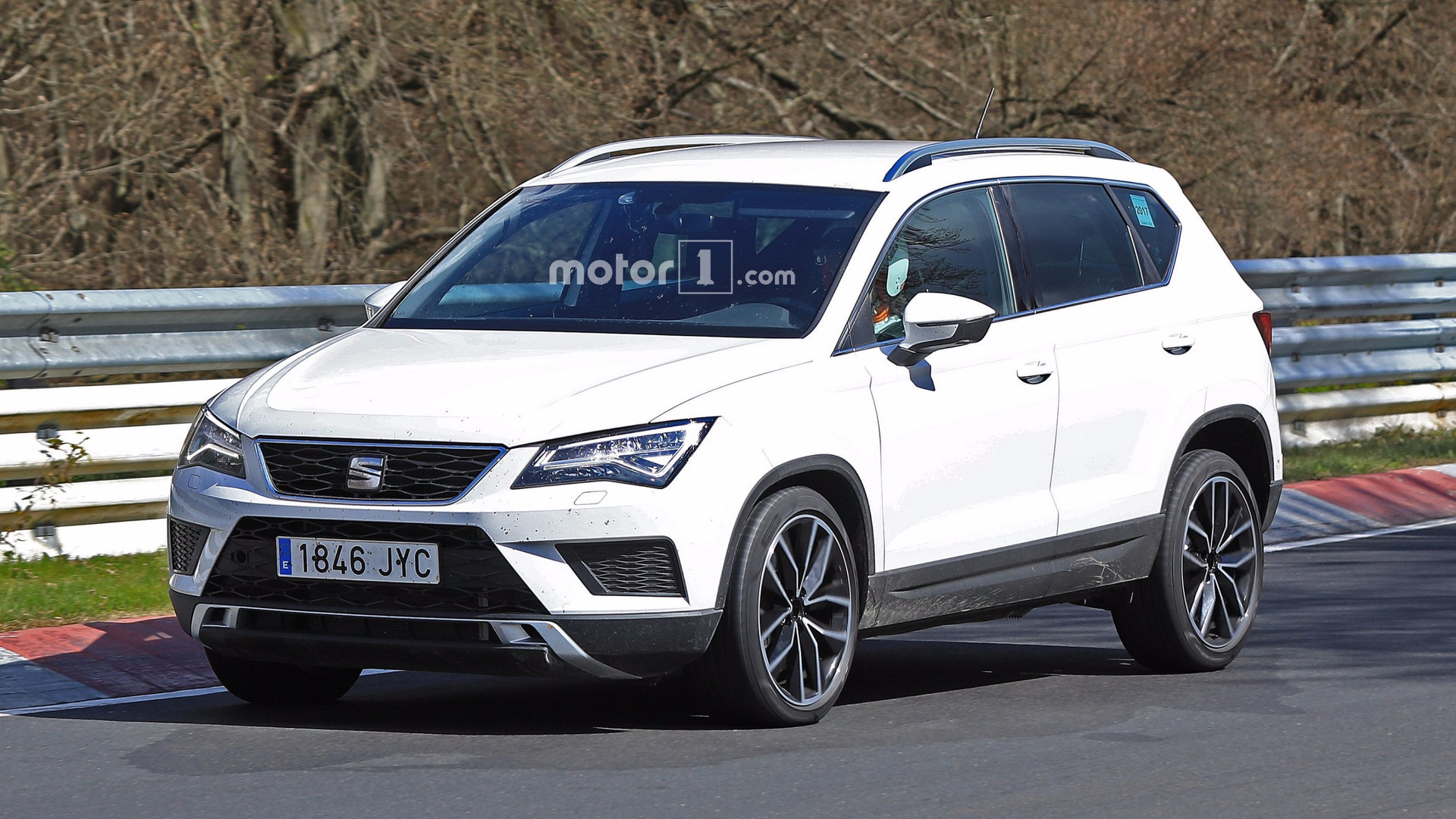 seat ateca cupra spied tackling the nurburgring. Black Bedroom Furniture Sets. Home Design Ideas